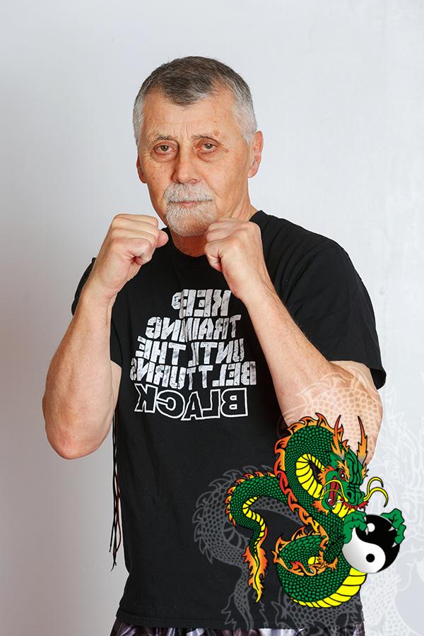 Kru Mike Zientek